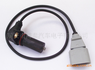 柴油车曲轴位置传感器   柴油车曲轴位置传感器   汽车传感高清图片