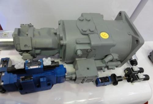 混凝土拖泵液压泵维修图片