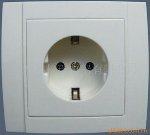 欧式墙壁电源插座