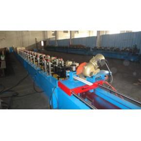 SH-77 PU發泡卷簾門冷彎成型設備 齒輪箱傳動