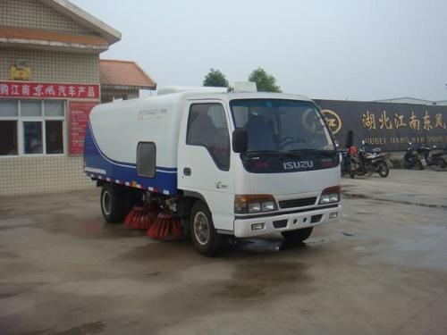 湖北江南东风特种汽车改装总厂高清图片
