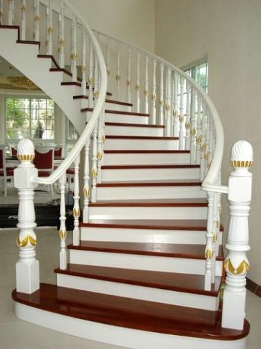 弧形楼梯 欧式楼梯 别墅楼梯