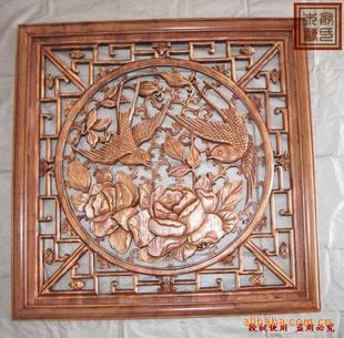 木雕镂空牡丹屏风