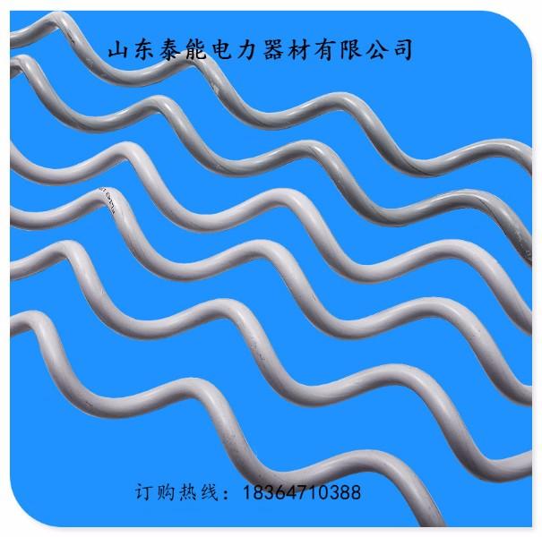 产品介绍: 作用:利用其防振部分对风力振动产生阻尼作用,消耗或减弱光缆运行时在层流风的作用下产生的振动能量,防止金具及光缆的破坏。 用途:适用于ADSS光缆。 引起振动的因素:风力、风速、张力、挡距、风向、地形、地貌及光缆结构、长度大小等。 说明:螺旋减振器在耐张线夹或悬垂线夹上安装位置都相同。 山东泰能电力器材有限公司 刘尧 文娜 业务经理 电话:18364710388 电话:18354710388 QQ:2253046203 微信:18364710388 旺旺:泰能电力,山东泰能电力,山东泰能电力器材