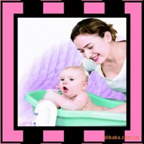 专业月嫂  育婴师  婴儿科学喂养 产妇生活料理 深圳到香港做月嫂