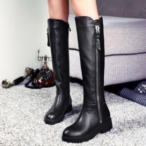 新冬款真皮女靴 潮流牛皮个性大气中跟时尚长靴子