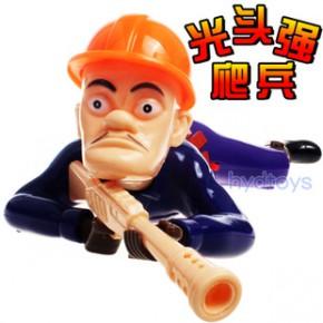 6688A厂家直销光头强爬兵 新款地摊热卖玩具 电动光头强 电动爬兵
