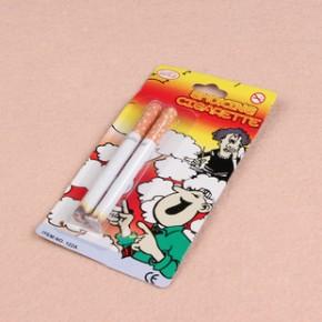 2014新款 新奇特整蛊玩具整人产品礼品搞笑两只装香烟 玩具地摊批