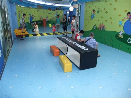 防腐地板+PVC地板