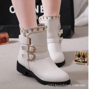 雪地靴2014秋冬新款潮女靴平底 圆头英伦复古马丁靴