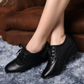 女鞋新款真皮女单鞋批发牛皮坡跟鞋系带加绒保暖妈妈鞋中老年皮鞋