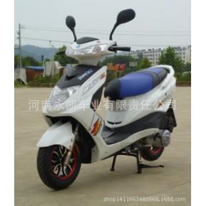 新款摩托车迅鹰125踏板豪华配置 厂家直销 弯梁助力车
