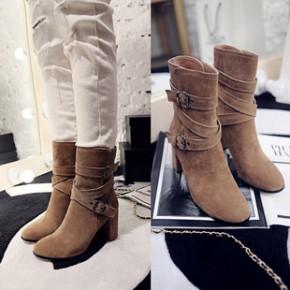 2014新款真皮粗跟中筒靴 圆头金属搭扣韩版女靴子