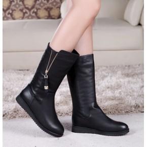 2014新款真皮女靴低跟防滑靴子淑女百搭中筒靴代理