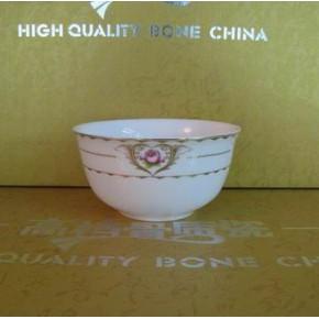 批发家用骨瓷散件餐具4.5寸金钟碗(心玫瑰)
