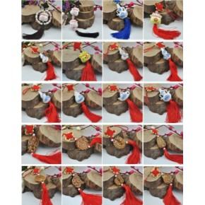 青花瓷小葫芦瓶挂件,汽车挂件批发,定做陶瓷小饰品