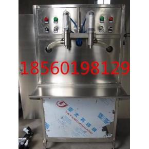 立式双头灌装机  玻璃水灌装机