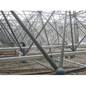 专业承揽各种螺栓球网架、焊接球网架工程!