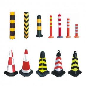 昆明交通设施-锥桶、固定柱、护角、减速带、警戒线